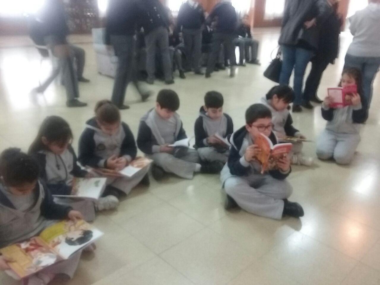 """Feria del Libro en el Liceo Militar """"Grl San Martín"""""""